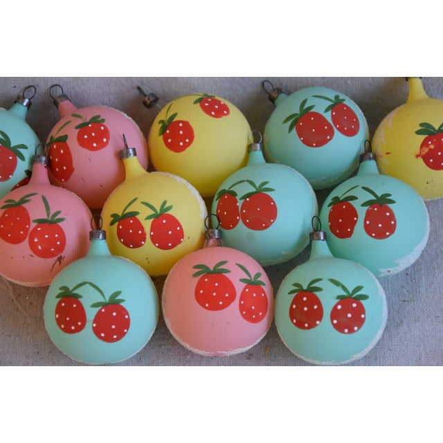 Mid 20th Century 1960s Christmas Tree Ornaments W/Box - Set of 12 For Sale - Image 5 of 8