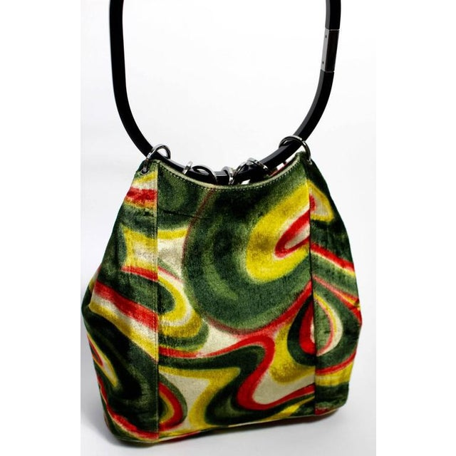 03f937530d5d 1990s Fw 1999 Gucci by Tom Ford Runway Psychedelic Swirl Silk Velvet Hoop  Bucket Bag For