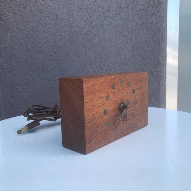 Metal Mid-Century Modern Electric Table Clock Teak and Brass Stilecraft For Sale - Image 7 of 7
