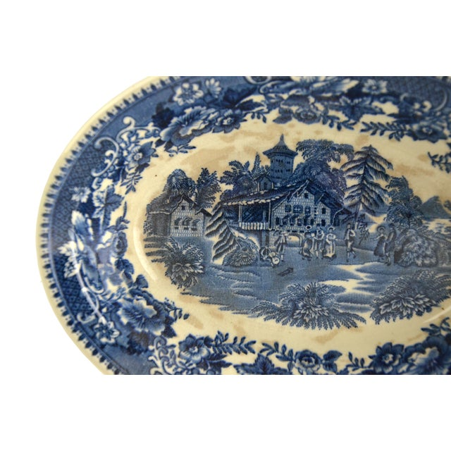 English Traditional Vintage Indigo Blue Toile Serving Bowl For Sale - Image 3 of 6
