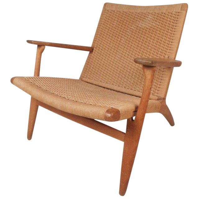 Hans Wegner for Carl Hansen Mid-Century Modern Ch 25 Lounge Chair For Sale