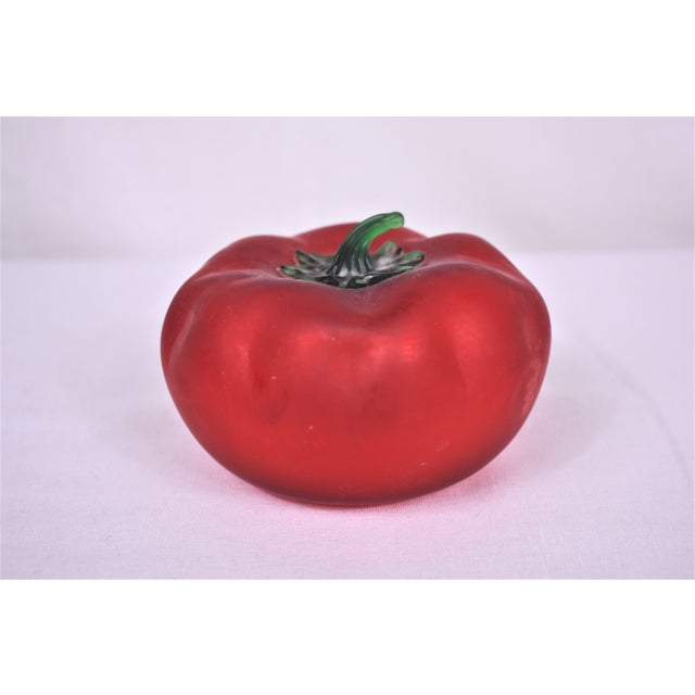 Vintage hand blown glass tomato to place in a bowl of fruit and vegetables. Nicely detailed and decorative. This is a pre-...