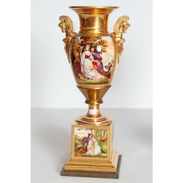 Neoclassical Revival 19th Century Pair of French Porcelain Gilt Urns With Scenes For Sale - Image 3 of 13
