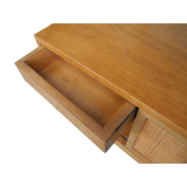 1950's Mid-Century Modern Single Maple Nightstand For Sale In New York - Image 6 of 9