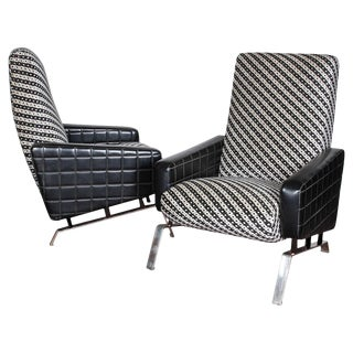 Mid-Century Italian Black and White Armchairs With Metal Bases, G. Frattini - a Pair For Sale