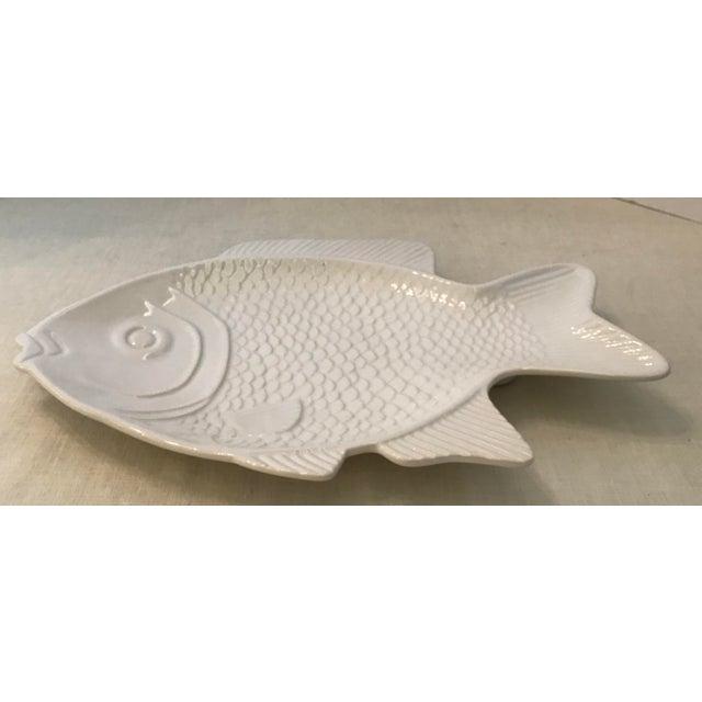 Vintage large ceramic fish platter. Great serving piece!