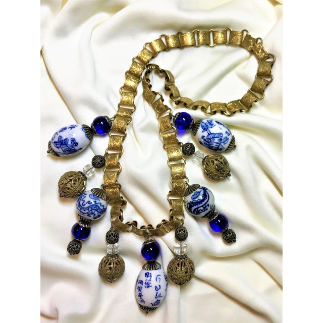 Asian Chinese Blue and White Porcelain Bead and Brass Bookchain Necklace For Sale - Image 3 of 9