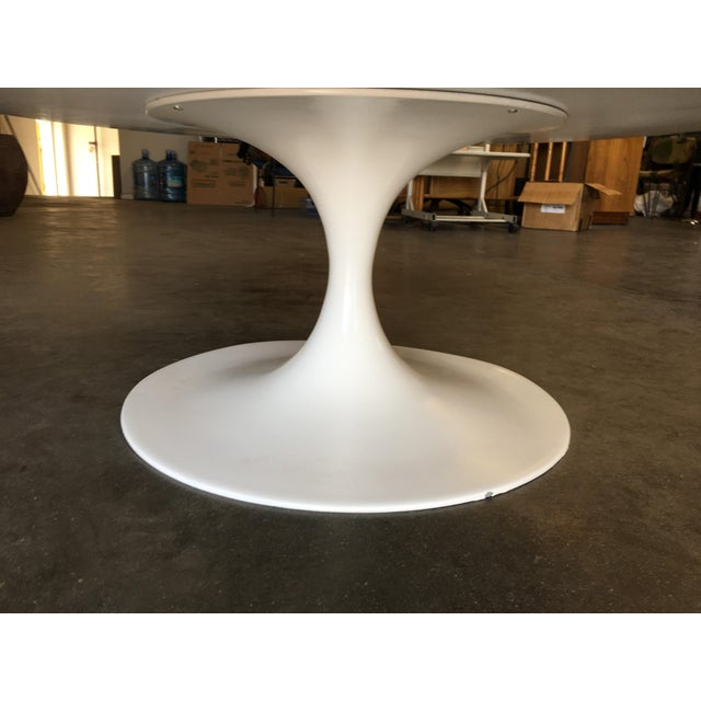 """Heavy Top 36"""" Inch Tulip Coffee Table in the Saarinen/Knoll Style For Sale - Image 9 of 10"""