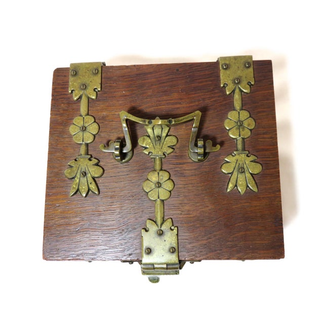 Bronze Early 20th Century Antique Arts & Crafts Oak and Bronze Box For Sale - Image 7 of 13