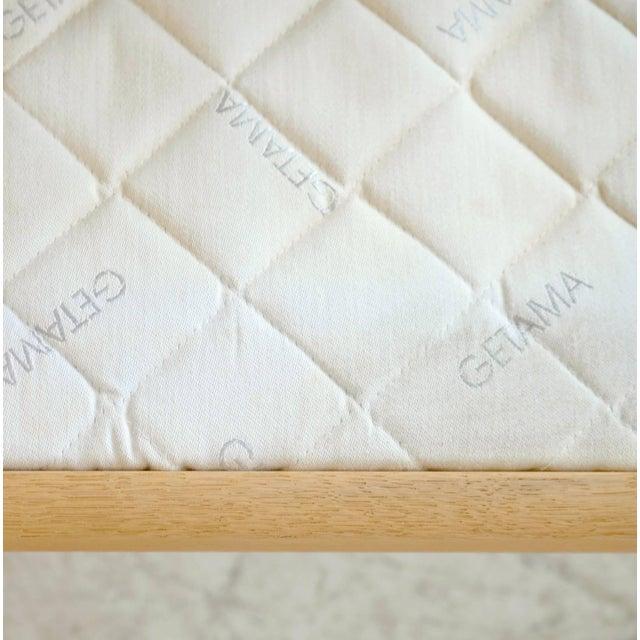 Tan Hans Wegner Loveseat or Settee Model GE-265 for GETAMA, Denmark For Sale - Image 8 of 9