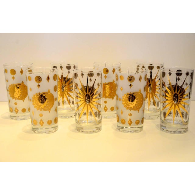 Eight Vintage Fred Press White and Gold Celestial Pattern Tom Collins Glasses - Image 6 of 8