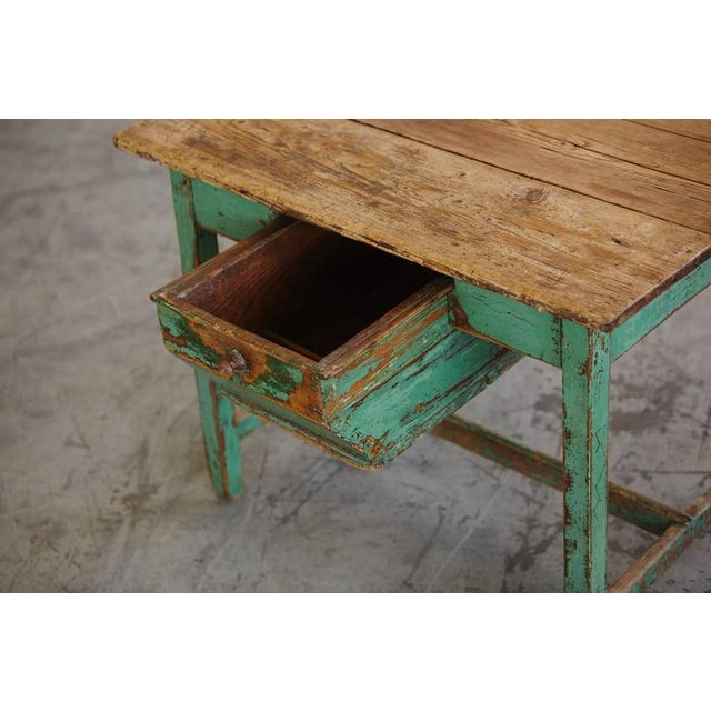 19th Century Primitive Painted Dough Farm Table with Large Drawer For Sale In New York - Image 6 of 9