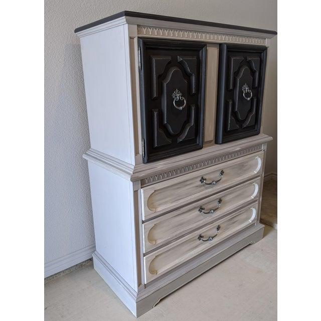 Coastal 1970s United Furniture Corporation Wooden Highboy For Sale - Image 3 of 10
