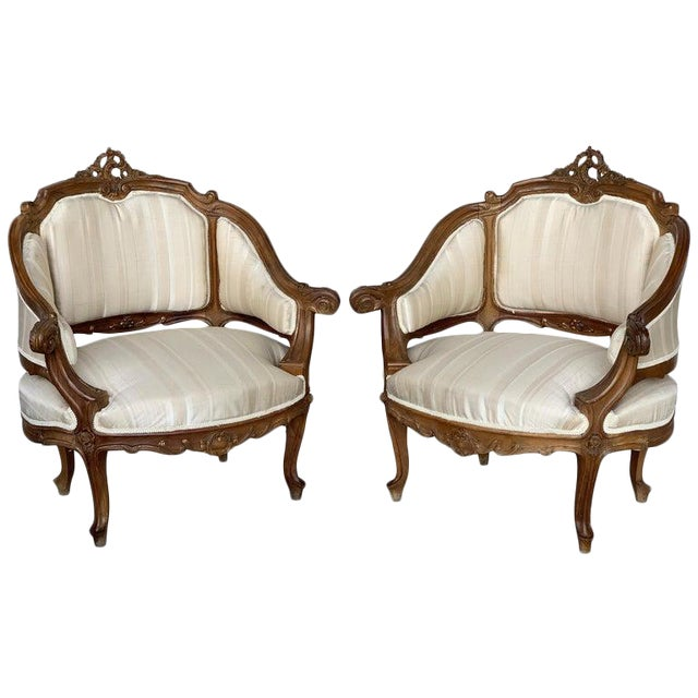 Pair of Italian Rococó Louis XV Fauteuils or Slipper Chairs For Sale