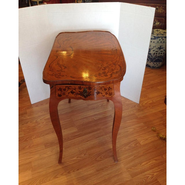 French ior 19th Century French Inlaid Vanity For Sale - Image 3 of 13