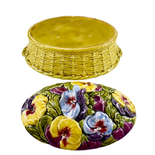 1910s Antique Sarreguemines Majolica Pansy Tureen French Faience Majolica Flower Tureen For Sale - Image 5 of 10