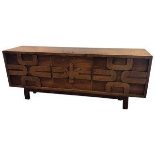 1970's Mid Century Modern Dresser For Sale