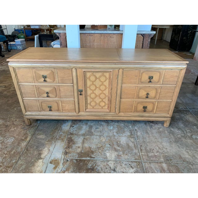 Mid Century Modern - Thomasville Large Oak Credenza For Sale - Image 10 of 10
