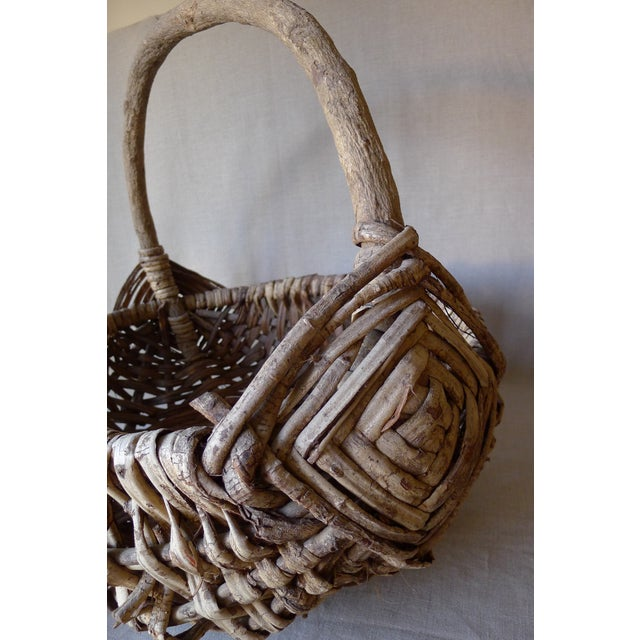 Large Appalachian Handwoven Basket - Image 4 of 7