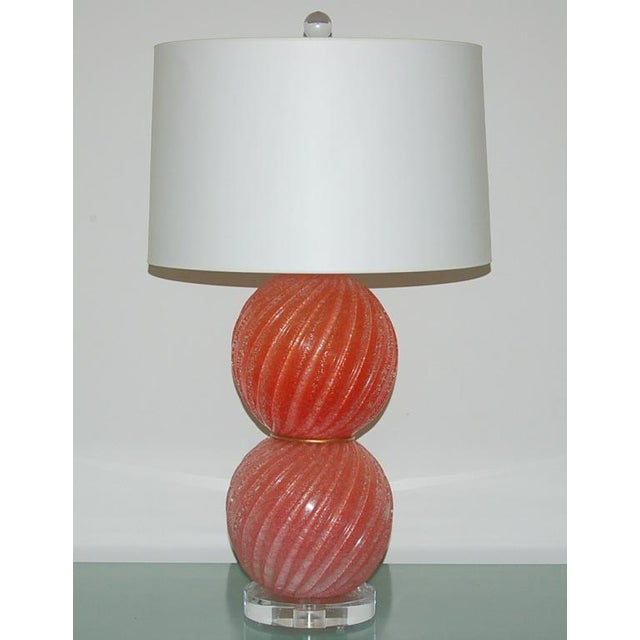 Hollywood Regency Vintage Murano Pulegoso Glass Ball Table Lamps Melon For Sale - Image 3 of 8