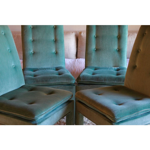1970s 1970s Mid Century Modern Tufted Teal Green Velvet Parsons Dining Chairs Milo Baughman Style - Set of 4 For Sale - Image 5 of 13