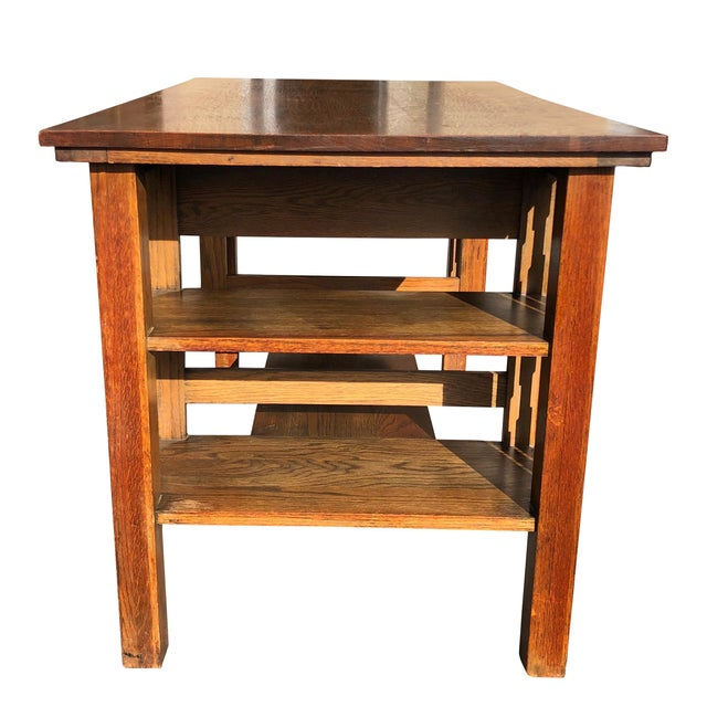 Traditional by design, this Partners Desk would compliment an estates library or office great! This Early 20th Century...