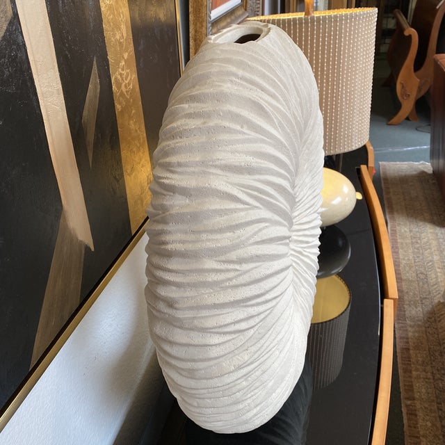 Off-white New Phillips Collection Waves Circle Vase For Sale - Image 8 of 12
