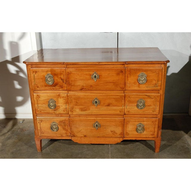Early 18th Century Fruitwood Commode / Chest of Drawers For Sale - Image 5 of 7