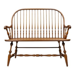 1980s Vintage H.C. Co Solid Oak Wood Windsor Colonial Style Spindle Back Bench For Sale