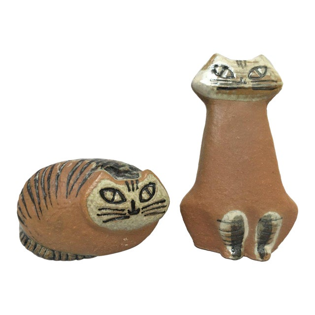 Lisa Larson Scandinavian Modern Stoneware Cat Figurines - Set of Two For Sale