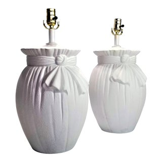 John Dickinson Style Knot Lamp in White Plaster - a Pair - Mid Century Modern Palm Beach Boho Chic For Sale