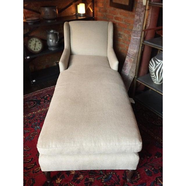 Danish Modern 1940s Danish Chaise Lounge in Belgian Linen For Sale - Image 3 of 13