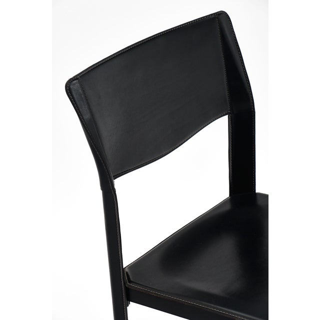 Mid-Century Modern Vintage Black Leather Saporiti Chairs - Set of 4 For Sale - Image 3 of 10