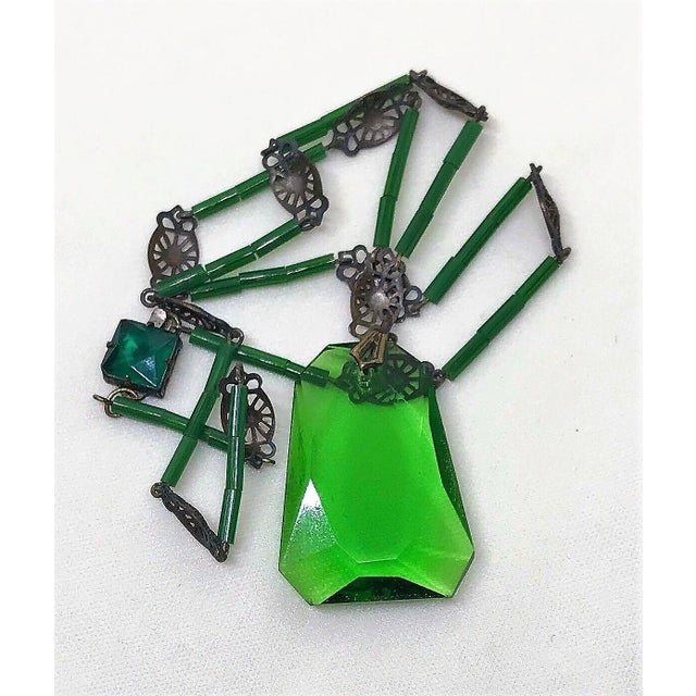 1920s 1920s Deco Era Green Faceted Glass Pendant Necklace For Sale - Image 5 of 6