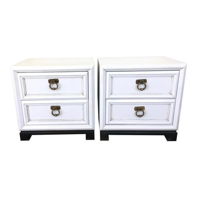 Vintage Hollywood Regency White Mid Century Nightstands or Side Tables, Pair For Sale