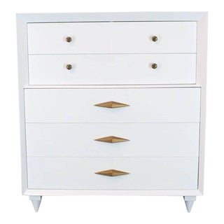 1970s Mid-Century Modern White Lacquer Deco High Chest Dresser With Diamond Pulls For Sale