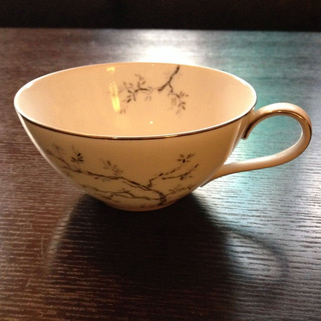 Tea Cups & Luncheon Plates - Set of 6 For Sale - Image 4 of 8
