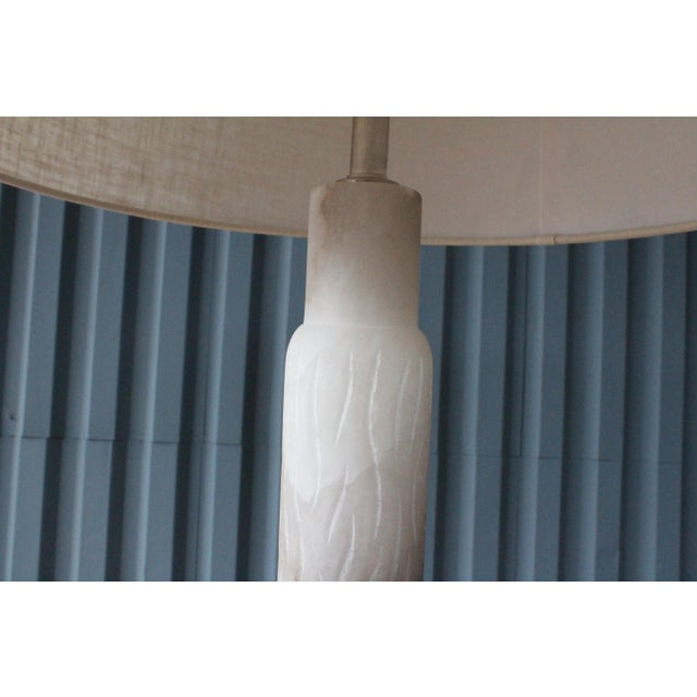 1970s Carved Alabaster Floor Lamp, Italy, 1970s For Sale - Image 5 of 9