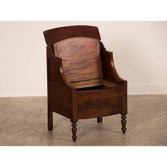 Hollywood Regency William IV period mahogany side cupboard from England c. 1840 For Sale - Image 3 of 9