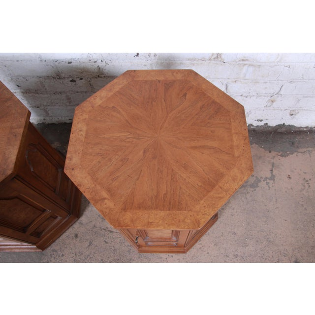Metal Mastercraft Mid-Century Hollywood Regency Burl Wood Cabinet Side Tables - a Pair For Sale - Image 7 of 9