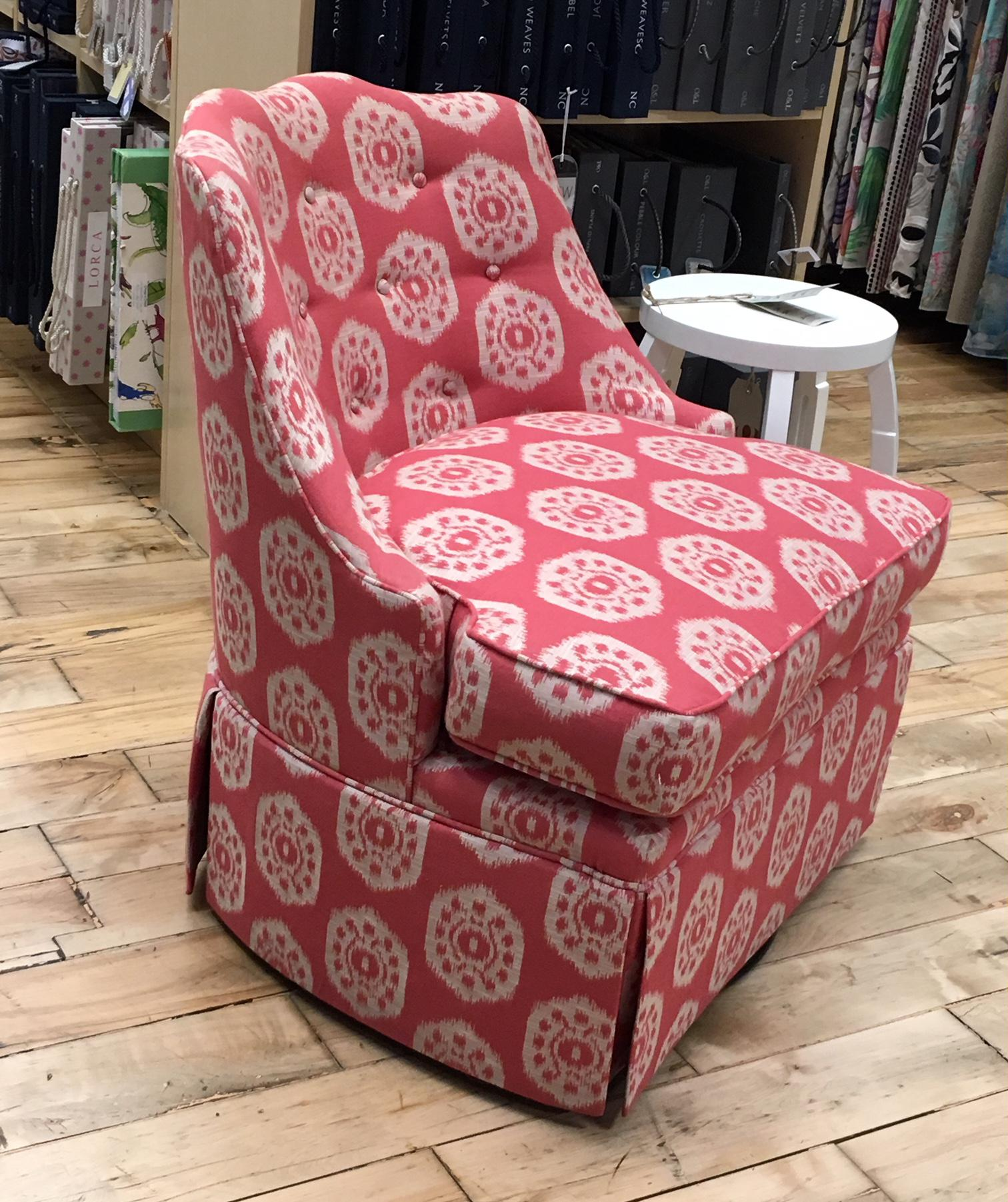 Thibaut Brentwood Swivel Chair Showroom Sample   Image 2 Of 6