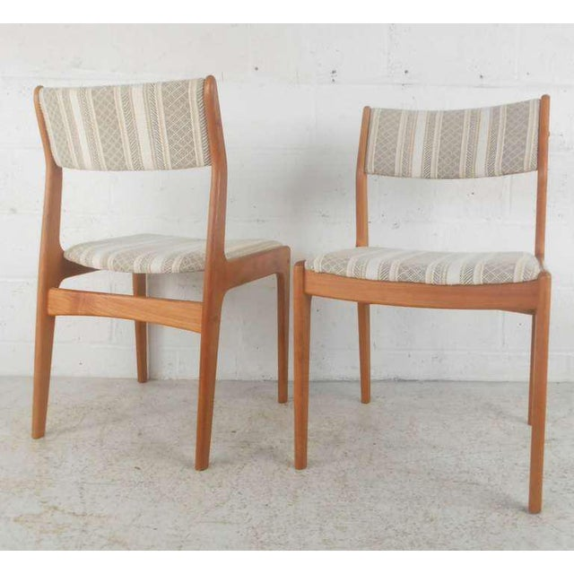 Danish Modern Dining Chairs - Set of 6 For Sale In New York - Image 6 of 9