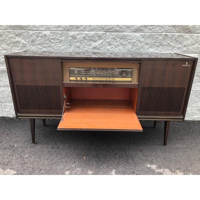 Mid Century Fully Restored Ks650u Grundig Record Credenza For Sale - Image 4 of 13