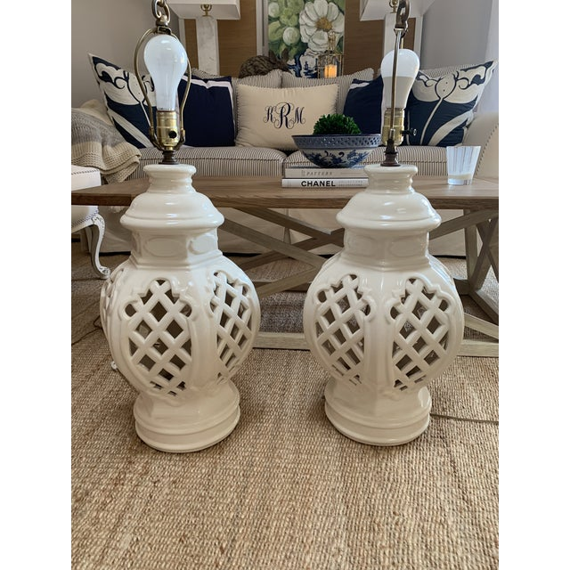 Vintage Chinoiserie Ginger Jar Lamps - a Pair For Sale - Image 12 of 13