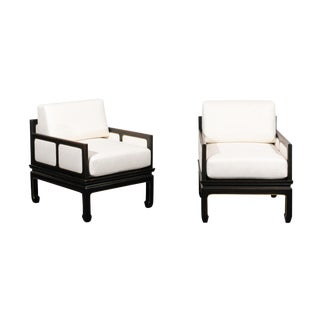 Sophisticated Restored Pair of Lounge Chairs by Baker Furniture, circa 1960 For Sale