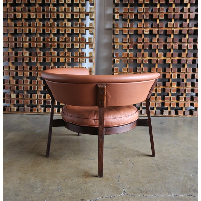 Mid-Century Modern Vintage Mid Century Rare Eugenio Gerli P28 Lounge Chair for Tecno For Sale - Image 3 of 12