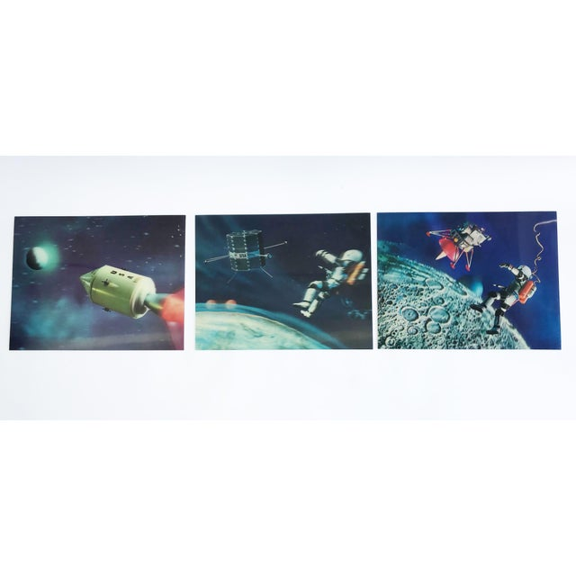 Lenticular Animation Moon Landing Astronaut Prints From 1966 - Set of 4 For Sale - Image 11 of 12