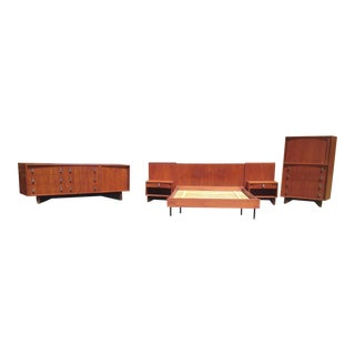 Danish Modern Teak Bedroom Set by Rs Associates For Sale