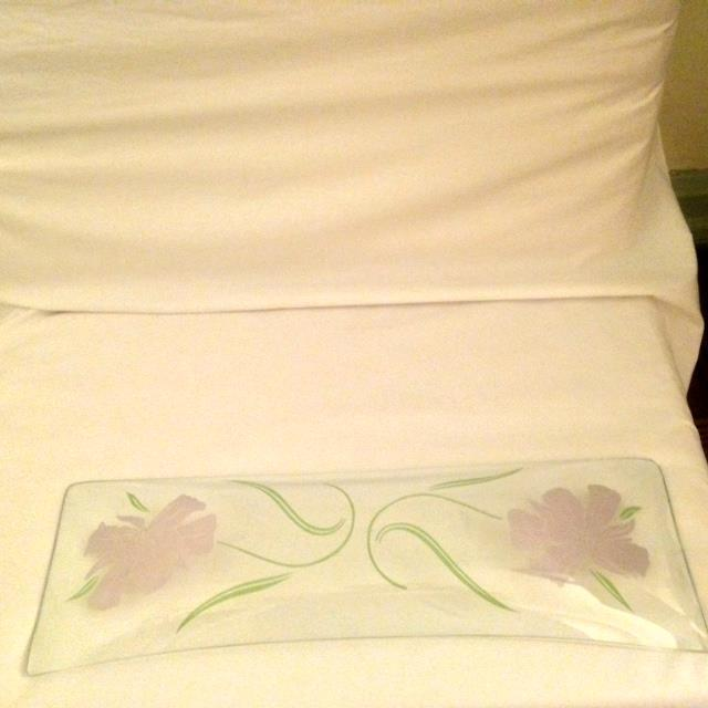 Mid-Century Floral Acrylic Tray For Sale - Image 5 of 8