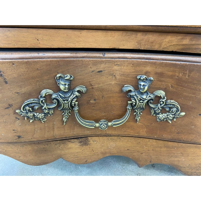 Mid 18th Century 18th Century French Louis XV Commode Arbalete, 1750 For Sale - Image 5 of 10